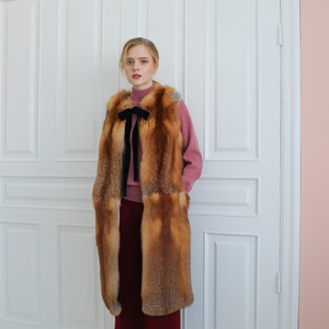 RED FOX RIBBON VEST